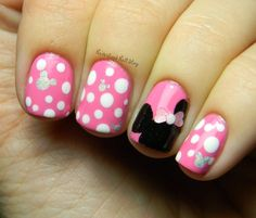 Disney nail designs for short nails | My Disneyland Nails - Minnie Mouse Inspired!