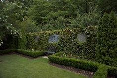 Love the ivy Birmingham, Spanish Courtyard, Outdoor Rooms, Outdoor Decor, English Tudor, Traditional Landscape, Backyard, Patio, Garden Inspiration