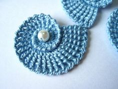 Crochet Sea Shells Applique with Pearls in by GoldenLucyCrafts