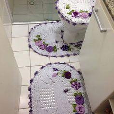 Sandra Roque Artesanatos: Jogo de banheiro flores e joaninhas.....