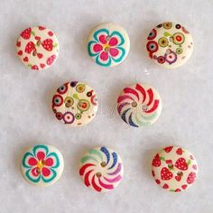 15mm 100PCS Mixed Round Shape Wooden Buttons Fit sewing or Scrapbooking knk026