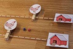 Letölthető csipeszes tavaszi társasjáték Animal Activities, Toddler Activities, Preschool Activities, Easy Arts And Crafts, Crafts For Kids, Reception Games, Baby Sensory Play, Le Zoo, Farm Unit