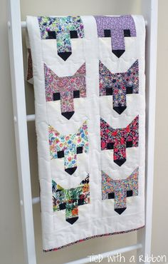 Fancy Fox Quilt Pattern by Elizabeth Harman Made by Tied with a Ribbon