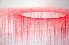 akiko1 Silkeknuder af Akiko Ikeuchi Scenografi Rumlighed Kunst Japan Installation Håndværk Byrum Arkitektur