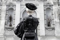 In the continuity of his first collection of bags, Ukrainian designer Konstantin Kofta continues to get inspired by baroque architecture's curves. Baroque Architecture, Architecture Details, Vogue, Quotes About Photography, Dark Shades, Free Photos, Beautiful World, Pop Culture, Fashion Photography