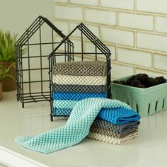 Norwex Counter cloth and box set! Replace your old paper towel holder with this cute little house that can hold up to 12 Counter Cloths! Norwex Biz, Norwex Cleaning, Green Cleaning, Cleaning Hacks, Norwex Cloths, Norwex Australia, Best Cleaning Products, Norwex Products, Cleaning
