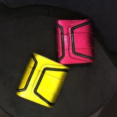 Holiday Resort 14   Mini Giovanna Metalicized Leather & Mirrow in colors Fucshia & Canary with Black   #YYMiniGiovanna