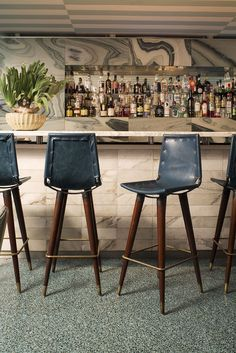 Bar Stools:Luxurious Bar Stools Uk Luxury Sale Furniture Made Of Wood Commercial Viviane Expensive Kitchen For Leather Adjustable Swivel Acrylic Small Restaurant Tables High commercial bar stools for sale