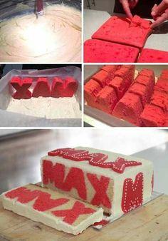 Ik ga dit eens proberen met ontbijtkoek letters in een cake mee bakken
