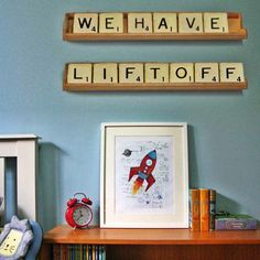 Nursery decor with a vintage vibe at Pop
