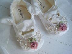 Aos pés das damas! | Poizon
