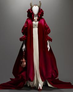 Alexander McQueen (British, 1969-2010)  Ensemble, The Girl Who Lived in the Tree, autumn/winter 2008-9  Courtesy of The Metropolitan Museum of Art, Photograph © Sølve Sundsbø/Art + Commerce