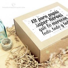 Discover recipes, home ideas, style inspiration and other ideas to try. Happy Fathers Day, Fathers Day Gifts, Ideas Día Del Padre, Daddy Day, Father's Day Diy, Party In A Box, Love Messages, Special Day, Gifts For Dad
