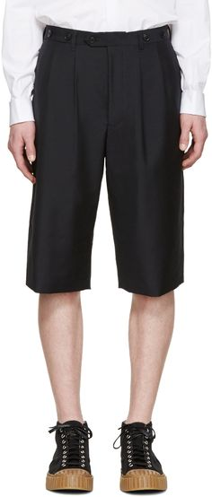 JUNYA WATANABE Navy Tropical Wool Shorts. #junyawatanabe #cloth #shorts
