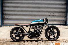 Honda CB750 with a beautiful seat.