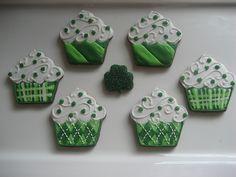 St. Patricks Day Cupcakes   St. Patrick's Day Cupcakes   Flickr - Photo Sharing!