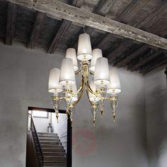Hervorragend Imposanter Kronleuchter Majestic Mit Stoffschirmen Für Klassische  Einrichtungsstile.