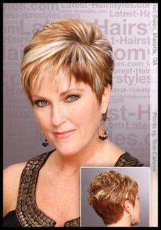 image coiffure cheveux courts femme 50 ans   Beauté mature ...