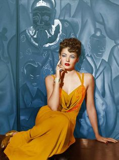 Gene Tierney // now this is Hollywood. Old Hollywood Glamour, Golden Age Of Hollywood, Vintage Hollywood, Hollywood Stars, Classic Hollywood, Hollywood Divas, Hollywood Icons, Classic Actresses, Beautiful Actresses