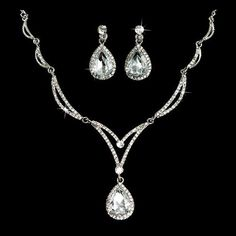 Amazon.com: Bridal Wedding Jewelry Set Crystal Rhinestone Unique Chain Teardrop Necklace SV: Jewelry