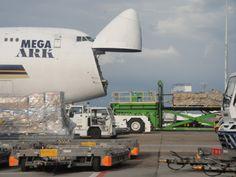 Boeing-747 MEGA ARK Singapore Airlines