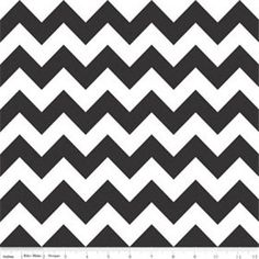 Medium Chevron Black