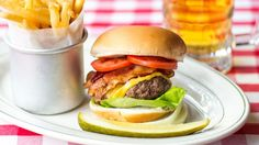 New York City's 21 Most Iconic Burgers