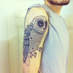 Philippe Fernandez owl tattoo - very nice Badass Tattoos, Cute Tattoos, Unique Tattoos, Beautiful Tattoos, Body Art Tattoos, New Tattoos, 3 Tattoo, Mandala Tattoo, New Tattoo Styles