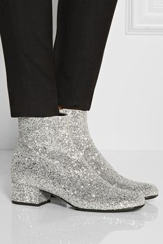 Saint Laurent glitter boots... Oh wow!