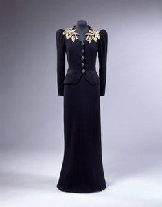 Evening ensemble Place of origin: London (made)  Date: 1938-1939 (designed)  Artist/Maker: Schiaparelli, Elsa (designer)