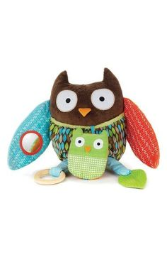 'Hug & Hide' Activity Owl