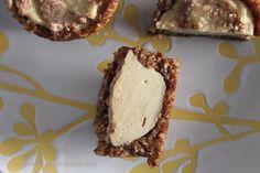 Raw Cinnamon Roll Cheesecake Bites – The Lean Clean Eating Machine