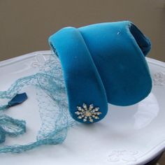 Vintage Hat Velvet Fascinator Hat 1940s Hat Blue by alysbeads, $40.00