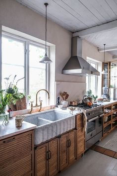 A DeVOL Haberdasher Kitchen with Marble Sink In A Swedish Countryside Cottage - The Nordroom Swedish Kitchen, Swedish Cottage, Warm Kitchen, Old Cottage, New Kitchen, Kitchen Decor, Kitchen Interior, Kitchen Ideas, Kitchen Colors