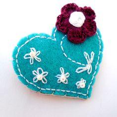 Felt brooch crochet jewelry jewellery heart shaped flower