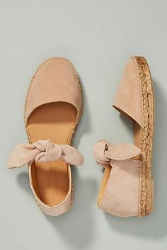 Women shoes With Jeans Winter - Women shoes Sandals Steve Madden - Women shoes Wedges Boots Winter - Women shoes Comfy Espadrilles Chanel, Espadrilles Outfit, Cute Shoes, Me Too Shoes, Cute Flats, Shoe Boots, Shoes Sandals, Espadrille Shoes, Designer Shoes