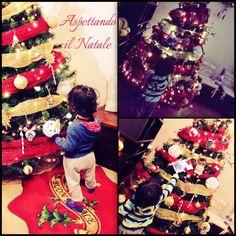 Il Natale è un periodo davvero magico, mi piace tantissimo, l'atmosfera le musiche, le luci, i pranzi e le cene, i dolcetti e le serate trascorse in allegria e serenità, l'unico neo quando tutto finisce dover riporre gli addobbi negli scatoloni.