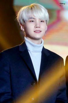 He looks so pure my angel Min Suga Daegu, Min Yoongi Bts, Min Suga, Jimin, Suga Suga, K Pop, Rapper, Taehyung, Namjoon