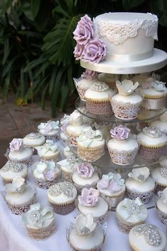 Silver, White, Lilac Cake, Cupcakes