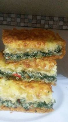 Spinah and creamy corn cake - need translating Veggie Recipes, Low Carb Recipes, Mexican Food Recipes, Great Recipes, Cooking Recipes, Favorite Recipes, Healthy Recipes, Quiches, Sin Gluten
