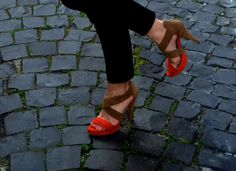Today with my favorite #sandals! Later on blog, new post!