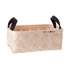 Verso Design for Iittala Finland - Basket cm, birch & wool felt Summer House Interiors, Fancy Kitchens, Wool Felt, Interior And Exterior, Furniture Design, Lifestyle, Baskets, Finland, Objects