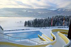 #Panorama Blick ins #Drautal vom #Glocknerhof #winterwonderland #view into #valley #Drautal #Kärnten #Austria #Outdoor #Pool