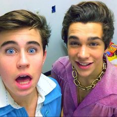 Nash Grier and Austin Mahone- too much hotness for one picture!