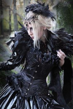 i love the corset but not the shoulder pieces, and i like the jewelry on her forehead but not the feather hat thing