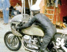 Bol D'or 1971 Bugatti Circuit, Le Mans Moto Guzzi V7 Sport 850cc no:54 machine of Raimondo Riva and Abbondio Sciaresa finished sixth.