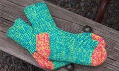 free knitted slipper pattern on ravelry