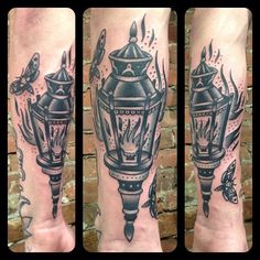 Street lamp and moths #matthouston #matthewhouston #gastowntattoo #ilovelamp #dominionbarbers #tattoo