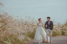 散步 Lace Wedding, Wedding Dresses, Weeding, Wedding Photography, Disney, Bride Dresses, Bridal Gowns, Grass, Weed Control