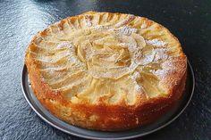 Bretonischer Apfelkuchen von Koelkast | Chefkoch Apple Pie, Baking, Desserts, Food, Breads, Eclair Recipe, Apple Recipes, Tailgate Desserts, Deserts